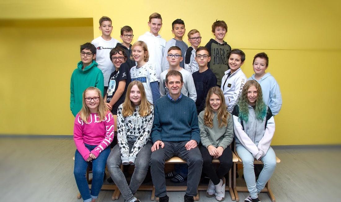 Volksschule Lindenfeld Judenburg - Klassenfoto Klasse 3a