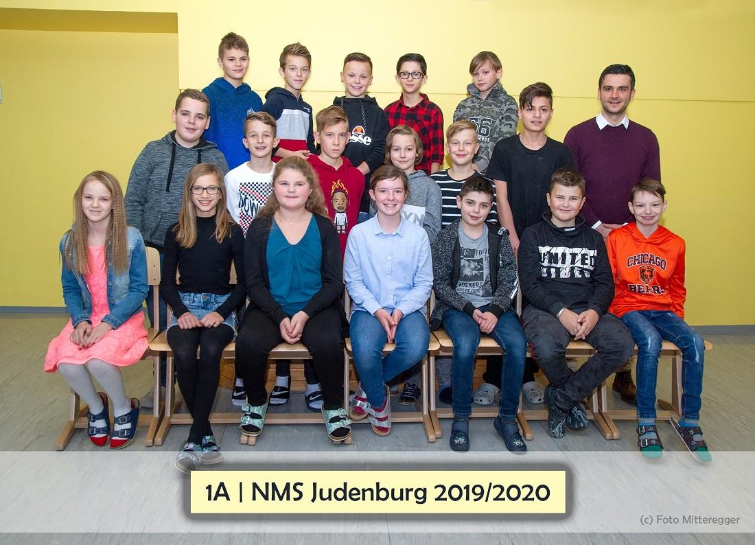 Volksschule Lindenfeld Judenburg - Klassenfoto Klasse 1a