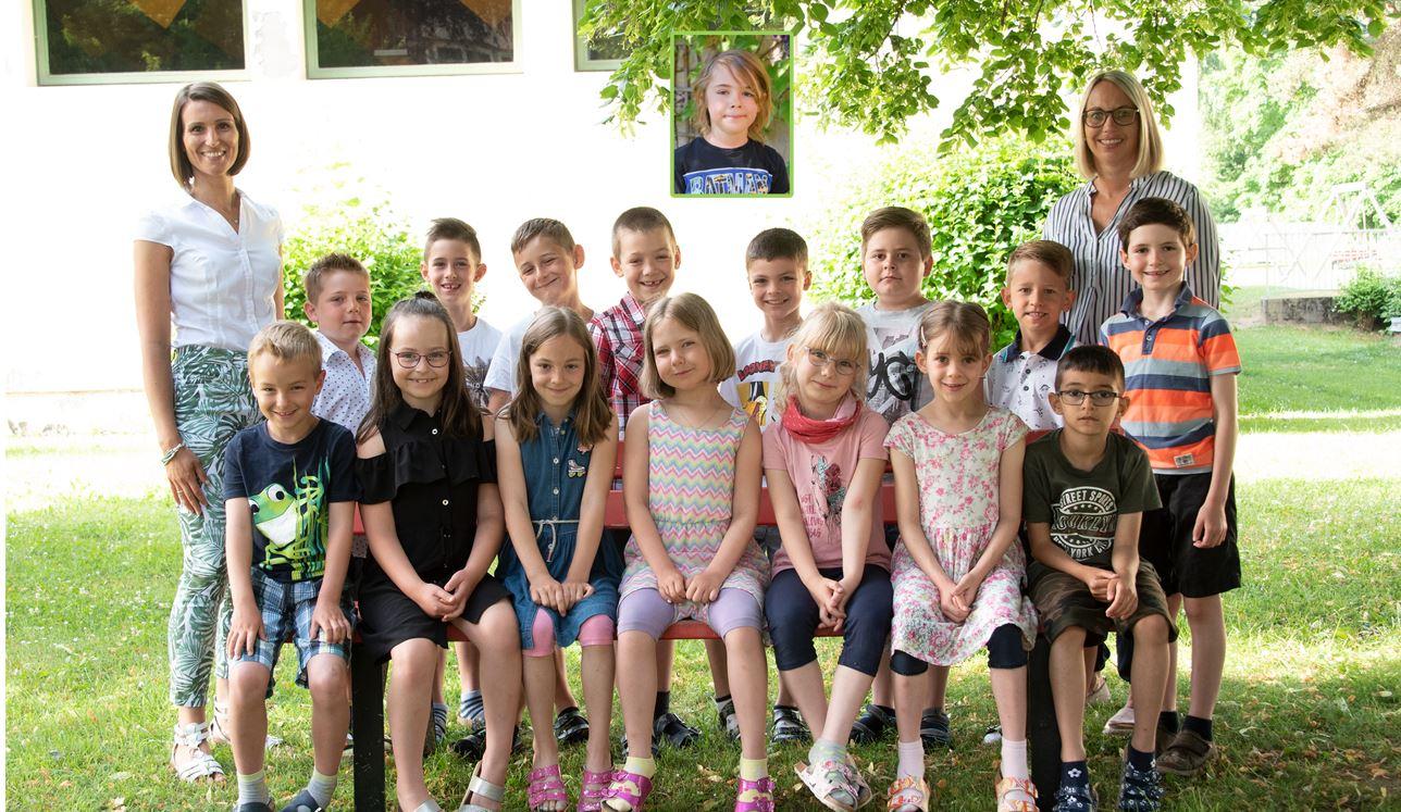 Volksschule Lindenfeld Judenburg - Klassenfoto Klasse 2a